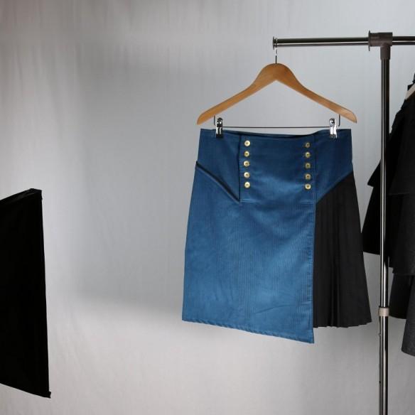 british style male kilt blue velvet